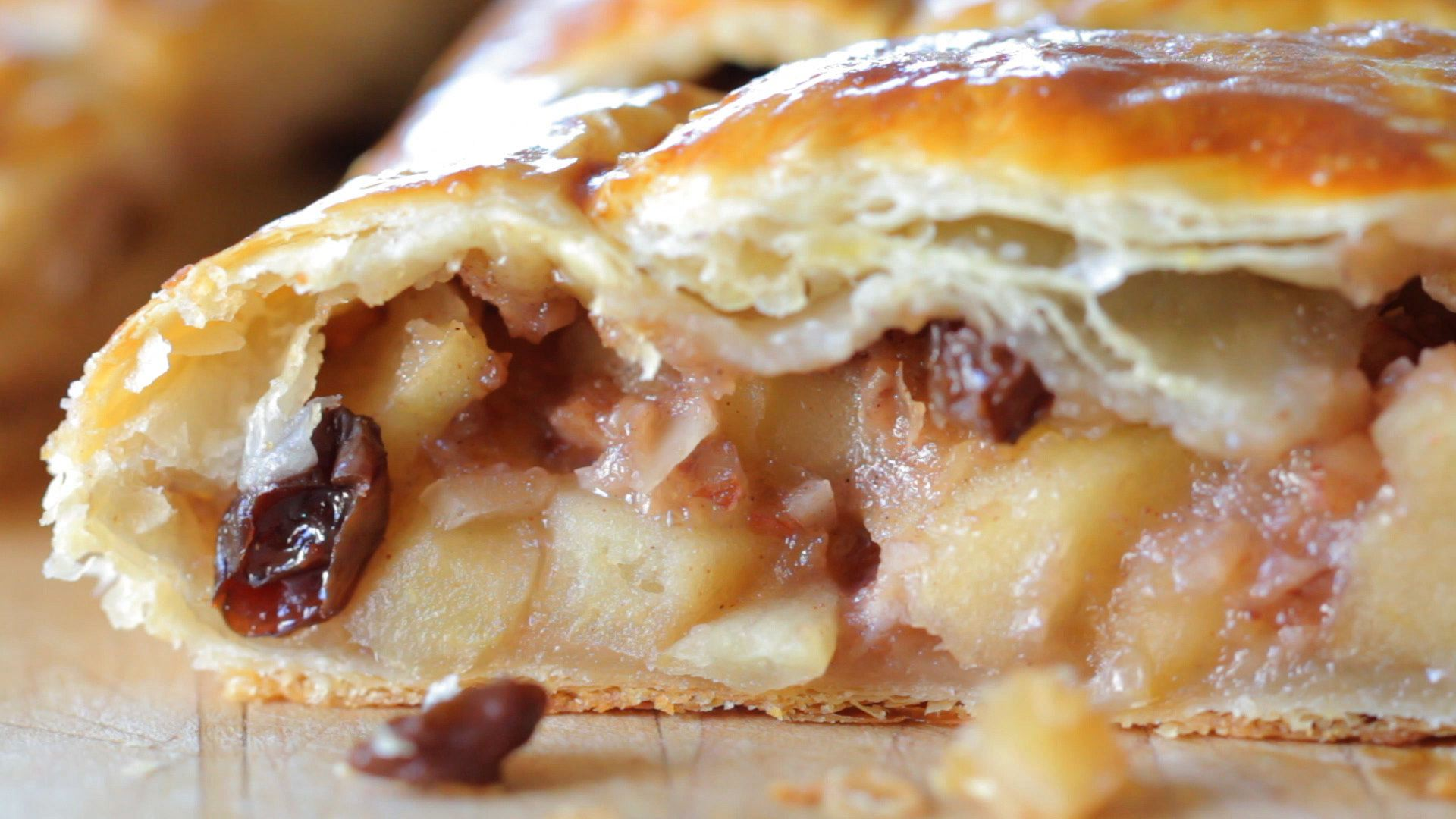 Easy apple strudel recipes