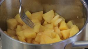 homemade applesauce3
