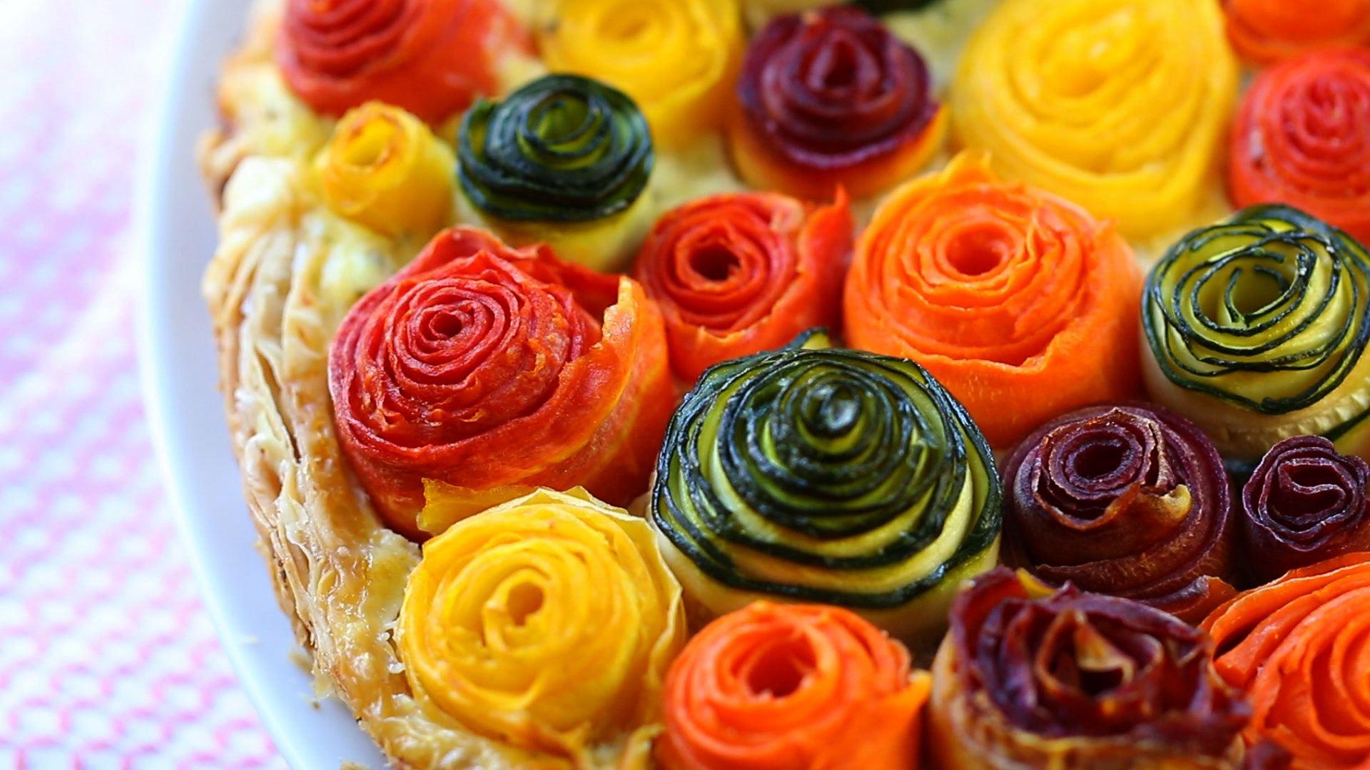 Zucchini and carrots roses tart | Buona Pappa