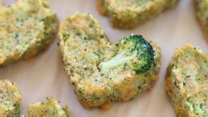 Baked Broccoli and Potato cheesy tots