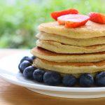Pancake di yogurt e mandorle