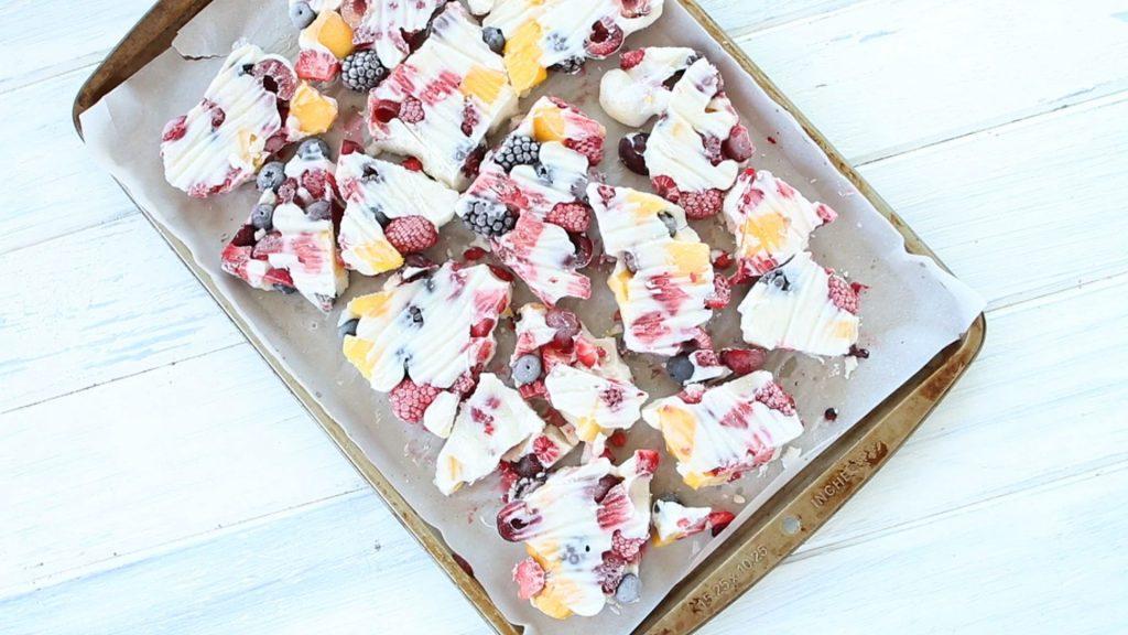 Berry Frozen Yogurt Bark