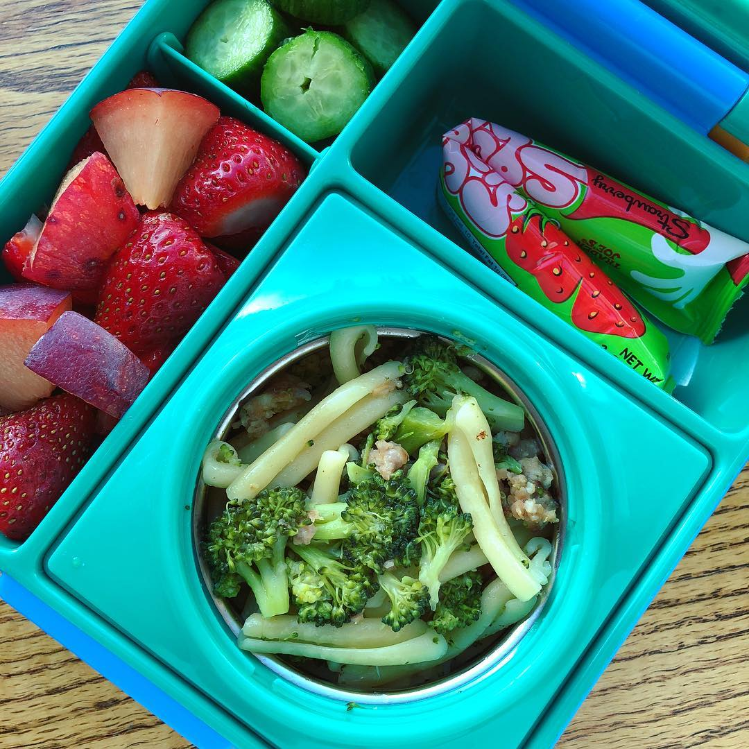 Broccoli and sausage pasta leftover + plums + strawberries + cucumbers + yogurt. Being the first day of school after a long break I️ let the kids decide what they wanted in the lunchbox….aka two different ones